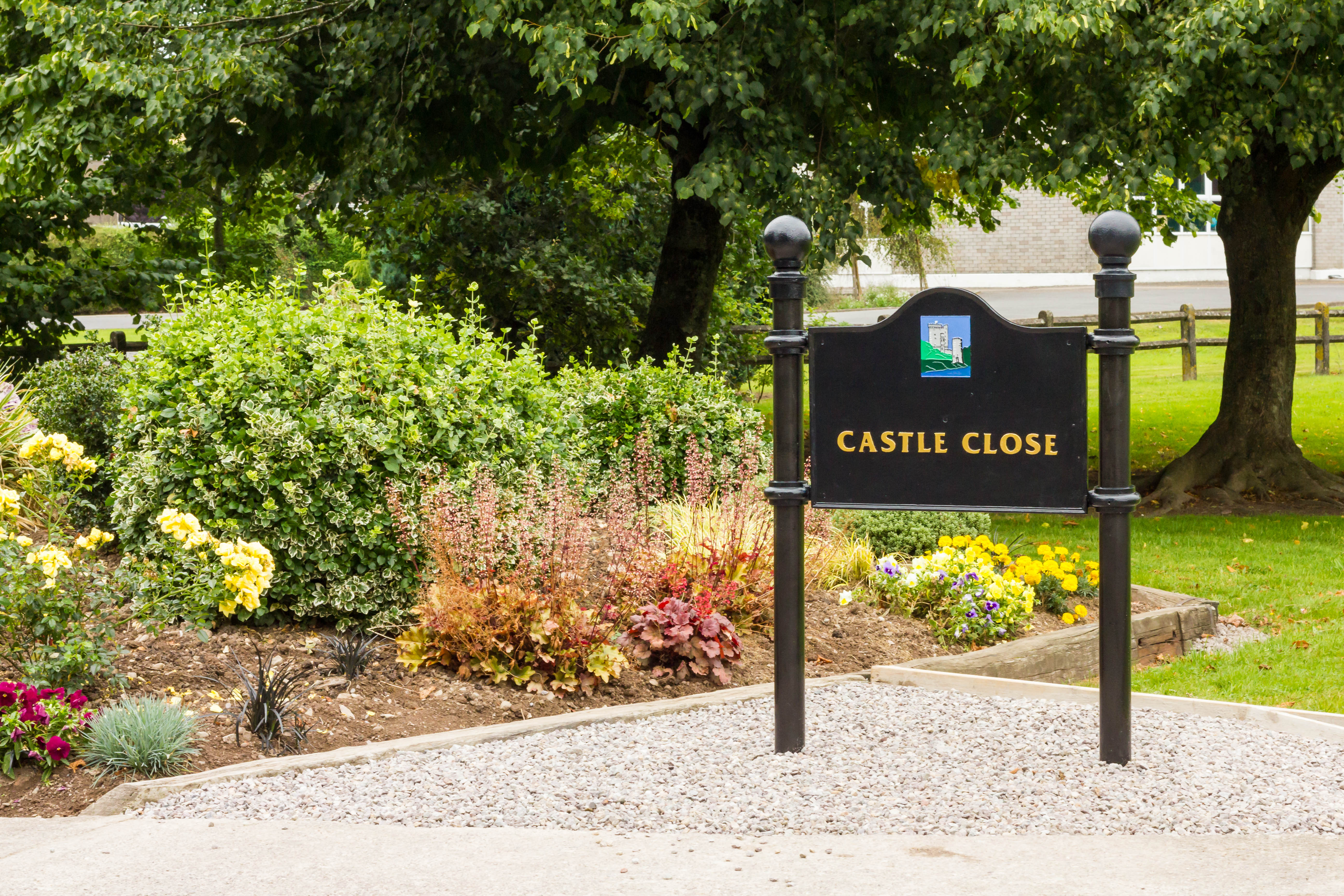 Castle Close Sign