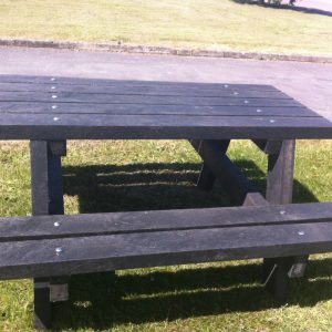 recycled plastic picnic seat